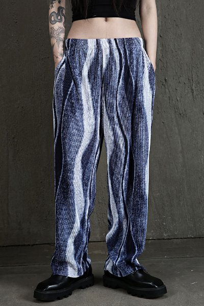 Wide fit Pleated fabric Pants with Wave Printing